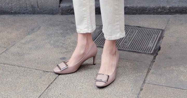 [SAPPUN官方旗艦店]Erian 方形金屬設計亮色漆面高跟鞋