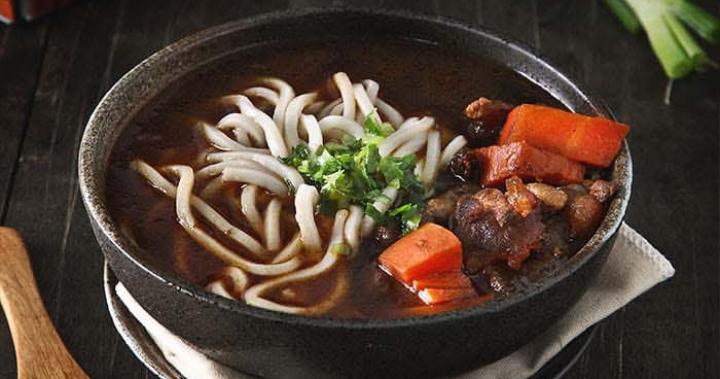 5分鐘動手做料理【經典台式牛肉麵】|HOBUY